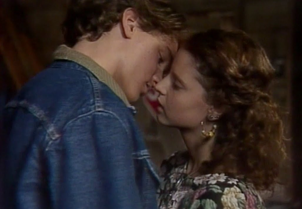court kiss