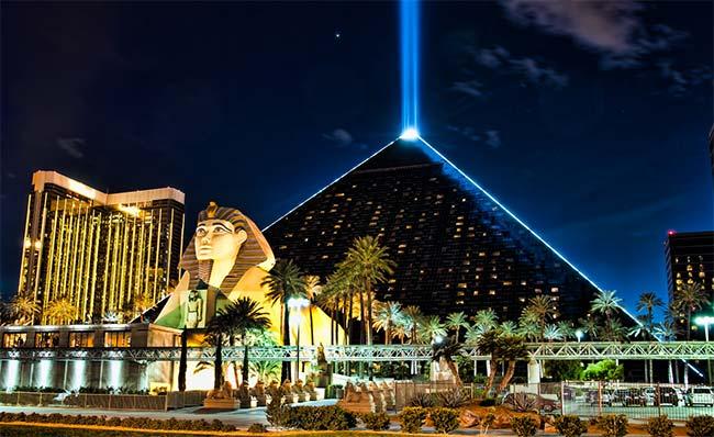 luxor-hotel-casino-las-vegas